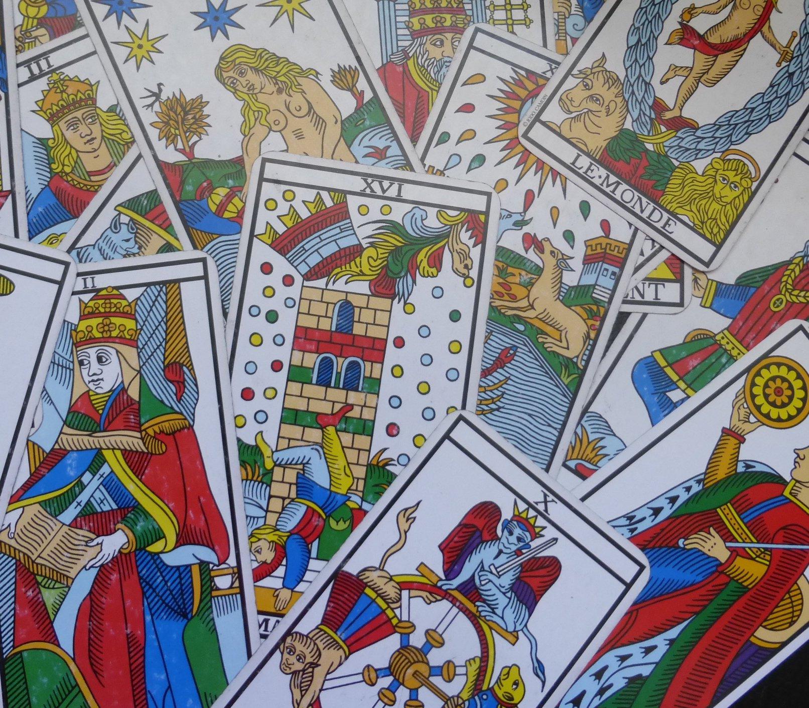 Un tirage-clé pour votre joie de vivre - Le Tarot de Marseille, un ... 272addf40e17